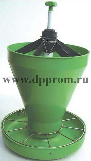 Кормушка для престартерных комбикормов, с накопительным бункером, зеленого цвета
