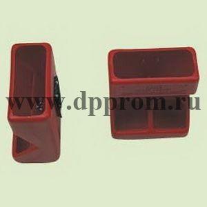 Кормушка для престартерных комбикормов, пластиковая, прямоугольная, объем 3 л, размеры: 33 х 24 х 14 см. Цвет - красный